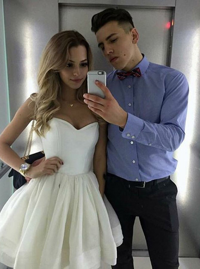 Romantic A-Line Homecoming Dresses,Sweetheart Homecoming Dress,Short Homecoming Dress,White Homecoming Dresses,Tiered Prom Dresses,Tulle Homecoming Dress