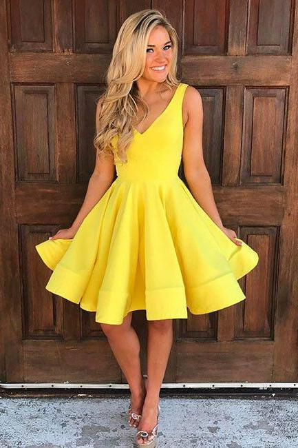 2018 Cute Homecoming Dress,V Neck Homecoming Dress,Yellow Homecoming Dresses,Sleeveless Homecoming Dress,Short Prom Dresses,A Line Party Dresses,Homecoming Dress