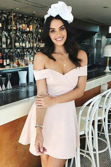 Sexy Mini Prom Dress, Short Prom Gowns, Above Knee Off Shoulder Cocktail Dress Party Gowns Prom Gown A-Line Prom Dresses Graduation Dress Cheap Prom Dress Party Dress
