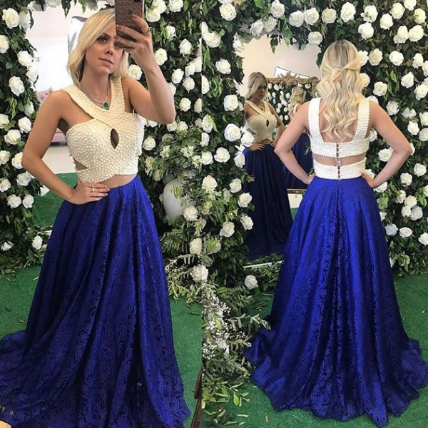 2018 Sexy Sleeveless Halter Prom Dress with Pearls,Royal Blue Lace Prom Dress,Elegant Evening Dresses