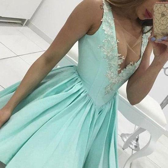 Green A Line V Neck Lace Short Prom Dress, Cute Homecoming Dress,Party Dress,Graduation Dress
